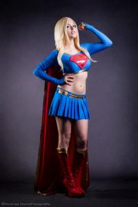 Super Girl   Nadyasonika